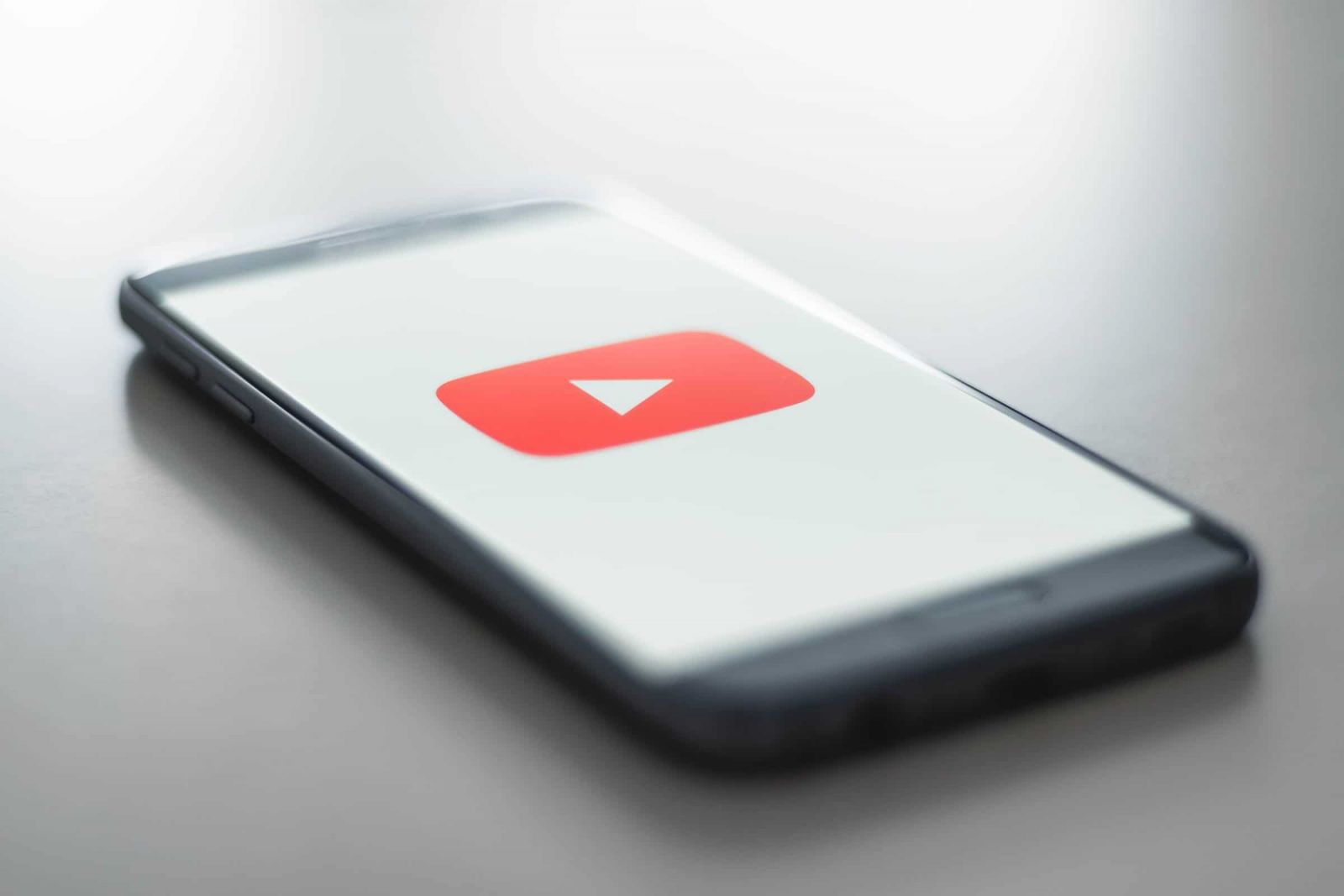 YouTube icon on a phone - The importance of vlogger outreach for nofollow links